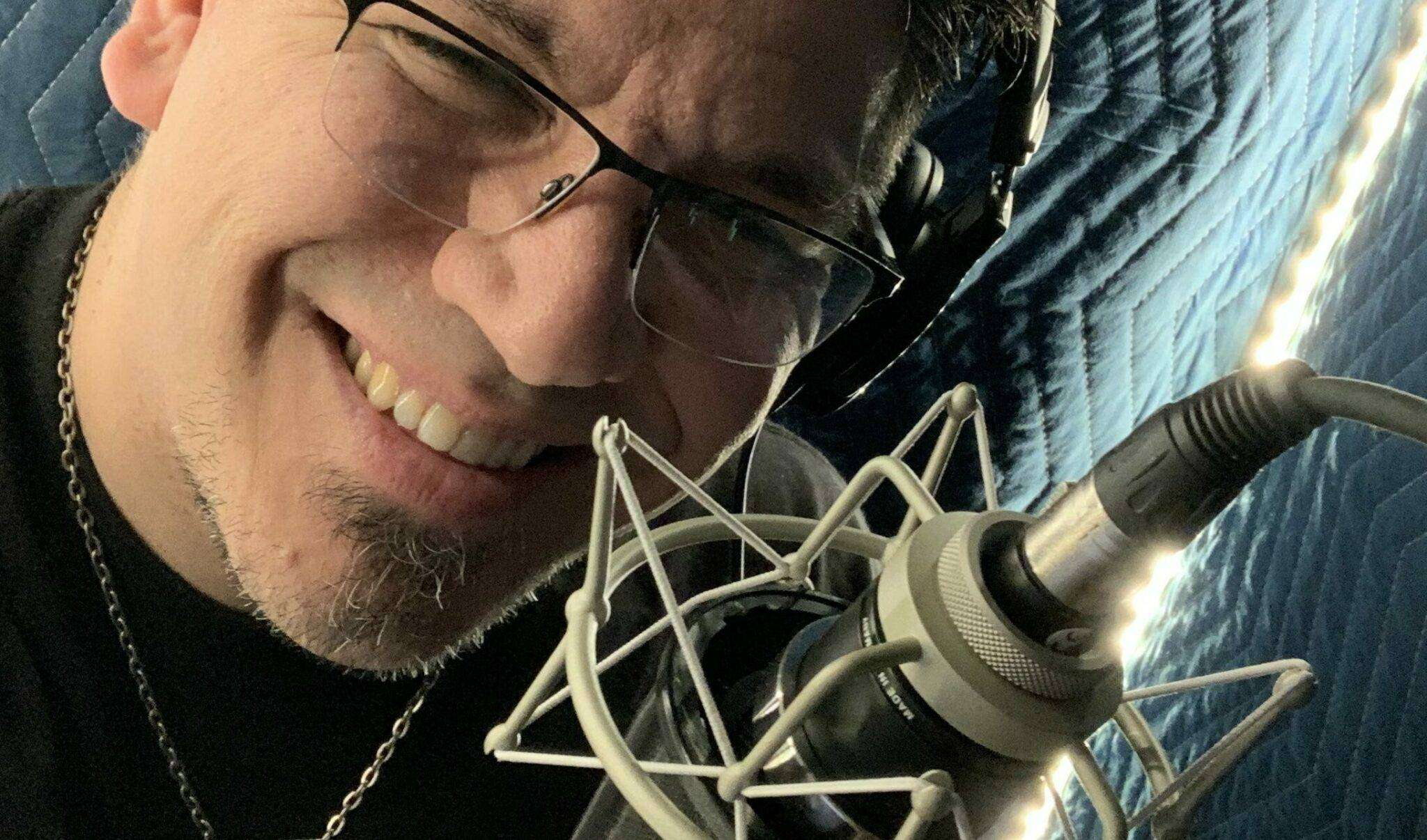 Professional Voice over Artist Joshua Alexander – Seattle Voice Actor/Voiceover Talent